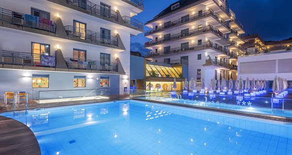 Hotel Alhambra*** de Santa Susanna