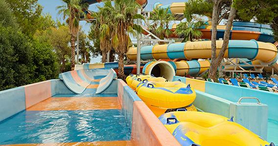Azuline Hotel-Apartamento Marina Parc**** de Es Mercadal