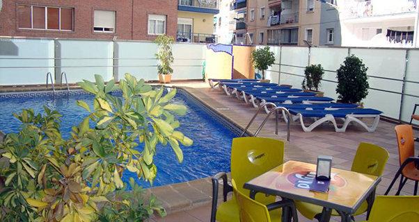 Vacaciones chollo viaja en verano al hotel brasil de for Oferta hotel familiar benidorm