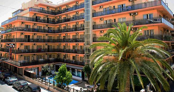 18 SEMANA SANTA. HOTEL FAMILIAR EN EL CENTRO DE BENIDORM