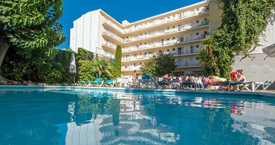 Hotel Checkin Pineda*** de Pineda de Mar