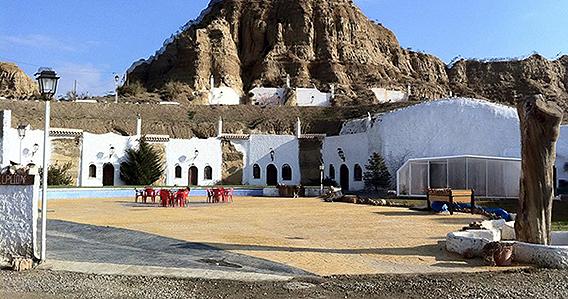 Cuevas Abuelo Ventura de Guadix (Granada)
