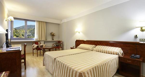 Tulip Inn Andorra Delfos Hotel**** de Les Escaldes