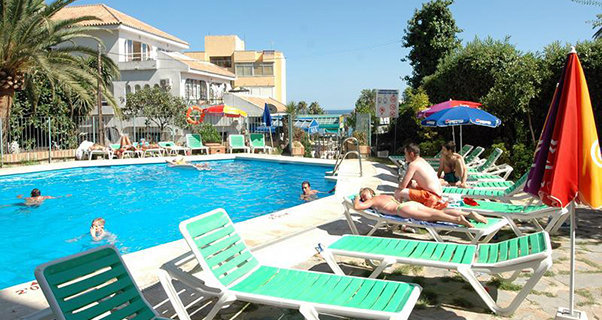 Vacaciones chollo viaja en oto o al apartamentos doramar 2 4 plazas benalm dena de benalm dena - Apartamentos alay benalmadena ...