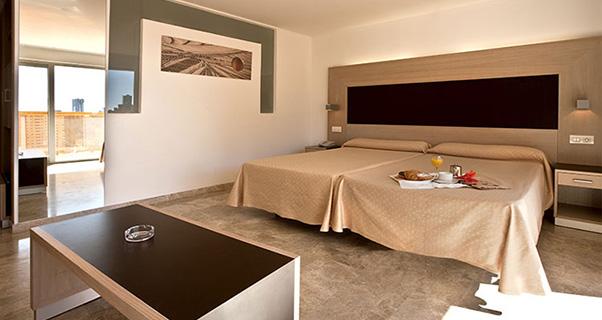 12 HOTEL 4 ESTRELLAS EN BENIDORM