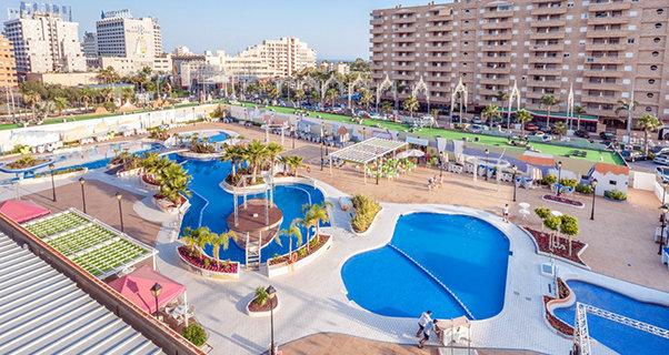 Vacaciones chollo viaja en verano al hotel gran duque for Jardines marina d or