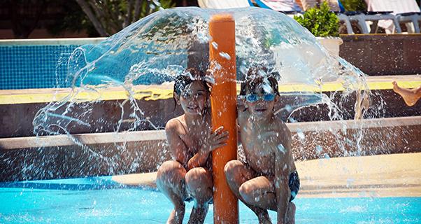 Ohtels Les Oliveres**** - El Perelló - jardines y piscinas