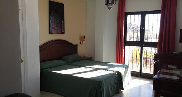 Hotel Playamaro*** de Maro