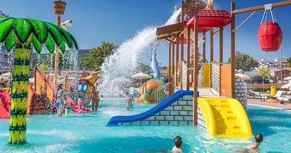 Ruleta Hotel 4 estrellas con Splash en Malgrat de Mar / Santa Susana