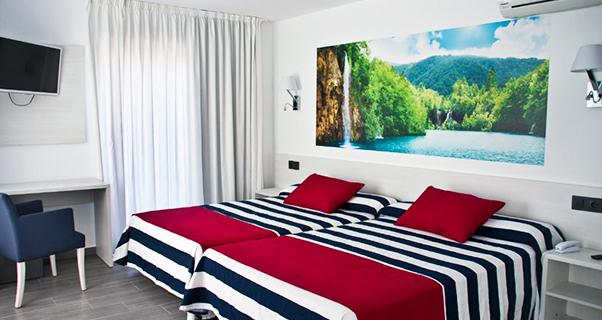 6 RULETA HOTEL 4 ESTRELLAS CON ZONA SPLASH EN CALELLA O PINEDA DE MAR