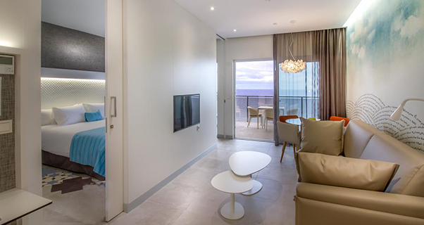Suitopia Sol y Mar Suites Hotel****